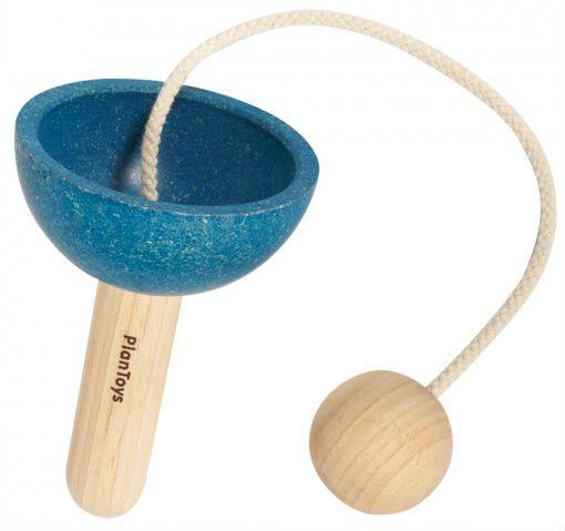 Billede af Kop og bold spil fra Plantoys