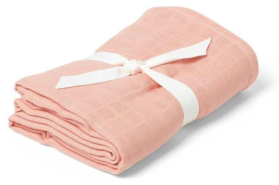 Svøb fra Liewood - Swaddle - Solid Coral Pink